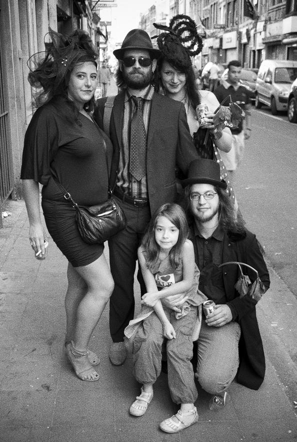 Monsieur l'Ambassadeur and the Sunshine Girls