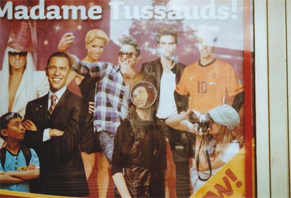 """Le mème """"Potato Jesus"""" au Musée Tussauds d'Amsterdam — avec Barack Obama, Lady Gaga, Justin Bieber, Robert Pattinson et d'autres trous du cul"""