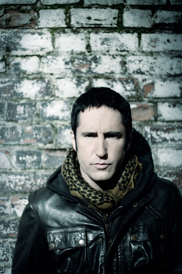nine-inch-nails-year-zero-photo-shoot-london-trent-reznor-rob-sheridan-2