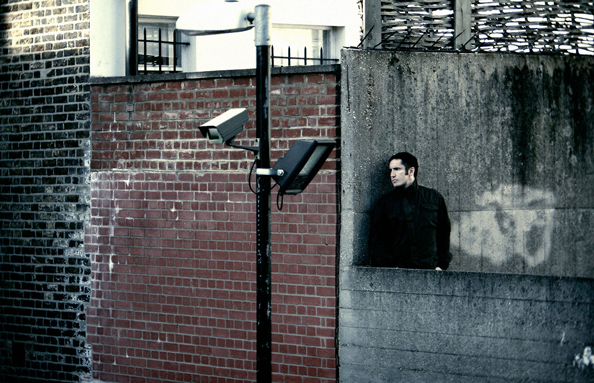 nine-inch-nails-year-zero-photo-shoot-london-trent-reznor-rob-sheridan-8